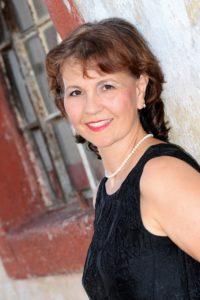 Rumänische Klänge vom Donaudelta und den Karpaten zum Rhein: Die Sängerin Adina Romana präsentiert Lieder aus ihrer Heimat Rumänien @ Alte Rösterei